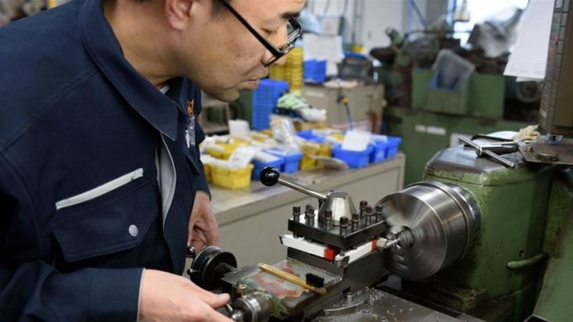 Funding Japanese companies to change Chinese production